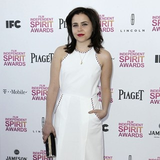 Mae Whitman in 2013 Film Independent Spirit Awards - Arrivals