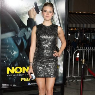 Maggie Grace in Premiere of Universal Pictures and Studiocanal's Non-Stop