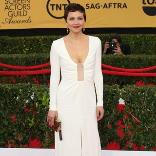 Maggie Gyllenhaal in 21st Annual SAG Awards - Arrivals