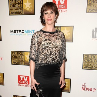 Maggie Siff in 2012 Critics' Choice TV Awards - Arrivals - maggie-siff-2012-critics-choice-tv-awards-02