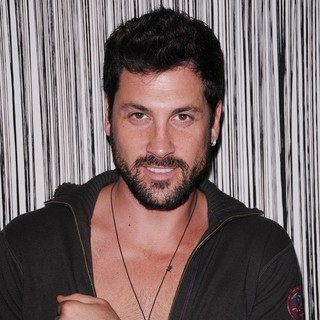 Maksim Chmerkovskiy in Season 13 Dancing With The Stars Behind The Scenes Celebrity Lounge by Social Hill