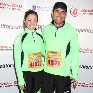 Molly Malaney, Jason Mesnick in Zappos.com Rock N Roll Las Vegas Marathon