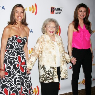 Wendie Malick, Betty White, Jane Leeves in The 23rd Annual GLAAD Media Awards