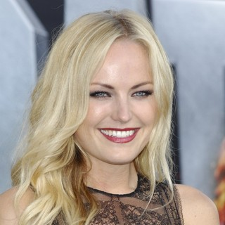 Malin Akerman in Battleship Premiere - Arrivals