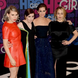 Zosia Mamet, Lena Dunham, Allison Williams, Jemima Kirke in Season 4 Premiere of HBO's Girls