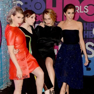Zosia Mamet, Lena Dunham, Jemima Kirke, Allison Williams in Season 4 Premiere of HBO's Girls