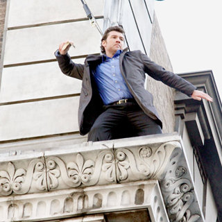 Sam Worthington Shooting On Location For New Movie 'Man on a Ledge' - man_on_a_ledge_01_wenn3109982