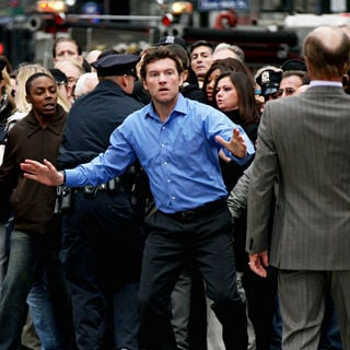Sam Worthington, Ed Harris in Shooting on Location for 'Man on a Ledge'