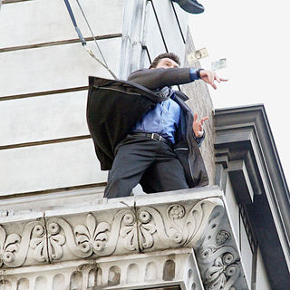 Sam Worthington Shooting On Location For New Movie 'Man on a Ledge' - man_on_a_ledge_06_wenn3109987