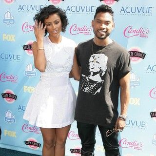Nazanin Mandi, Miguel in 2013 Teen Choice Awards