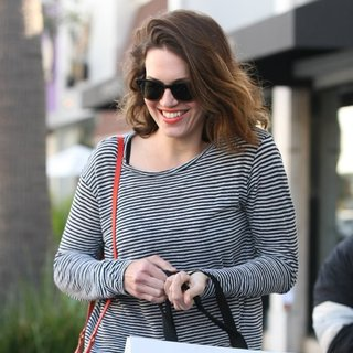 Mandy Moore in Mandy Moore After Shopping at IRO
