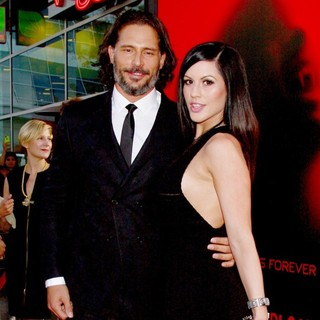 Joe Manganiello, Bridget Peters in Premiere of HBO's True Blood Season 6 - Arrivals