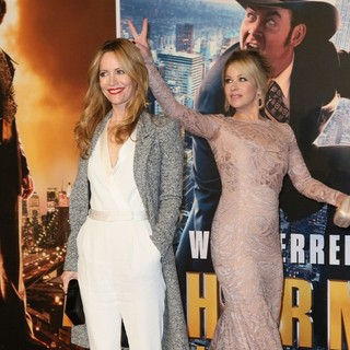 Leslie Mann, Christina Applegate in U.K. Premiere of Anchorman: The Legend Continues - Arrivals