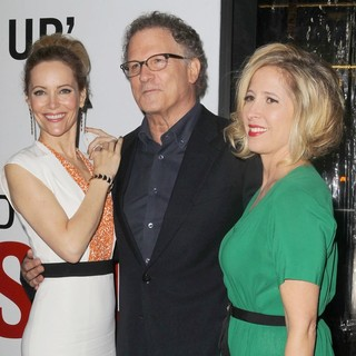 Leslie Mann, Albert Brooks, Kimberly Shlain in This Is 40 - Los Angeles Premiere - Arrivals