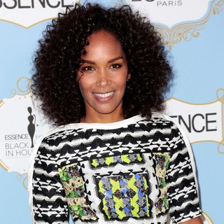 Mara Brock Akil in 6th Annual Essence Black Women in Hollywood Luncheon