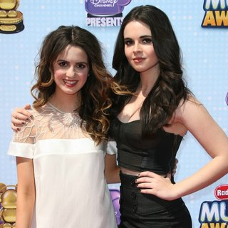 Laura Marano, Vanessa Marano in Radio Disney Music Awards 2014
