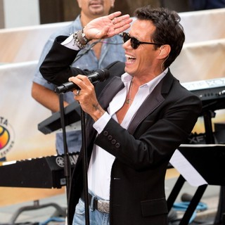 Marc Anthony Performs Live as Part of The Toyota Concert Series on NBC's Today - marc-anthony-performs-on-today-06