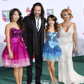 Marco Antonio Solis in The 12th Annual Latin GRAMMY Awards - Arrivals