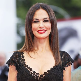 Maria Grazia Cucinotta in 72nd Venice Film Festival - Everest - Premiere