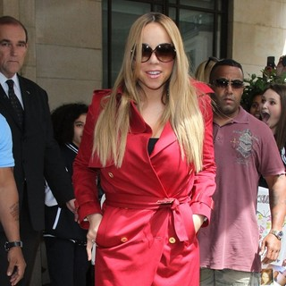Mariah Carey in Mariah Carey Outside A Central London Hotel