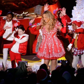 Mariah Carey Taping Her Performance for The Tree Lighting Ceremony