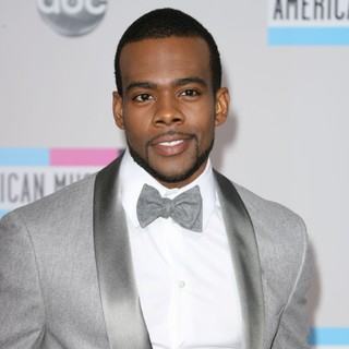 Mario in 2011 American Music Awards - Arrivals - mario-2011-american-music-awards-01