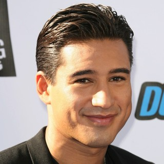 Mario Lopez in 2011 Do Something Awards - Arrivals