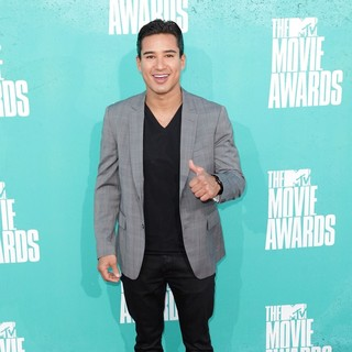 Mario Lopez in 2012 MTV Movie Awards - Arrivals