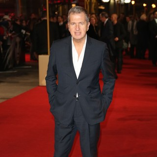 Les Miserables World Premiere - Arrivals - mario-testino-uk-premiere-les-miserables-04