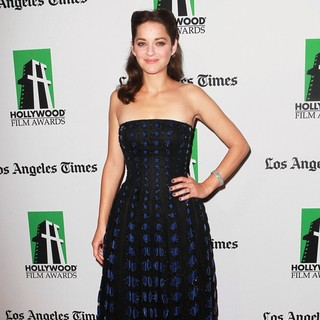 Marion Cotillard in 16th Annual Hollywood Film Awards Gala - marion-cotillard-16th-annual-hollywood-film-awards-gala-02