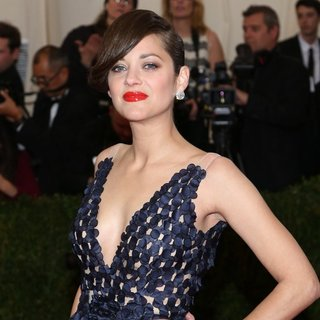 Marion Cotillard in Charles James: Beyond Fashion Costume Institute Gala - Arrivals