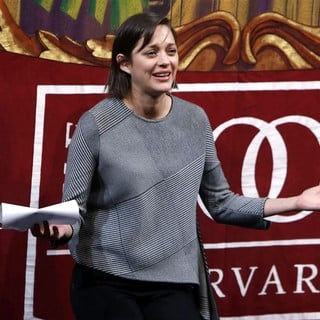 Marion Cotillard in Harvard University's Hasty Pudding Theatricals 2013 Woman of The Year Awards Ceremony - marion-cotillard-hasty-pudding-theatricals-2013-woman-of-the-year-awards-ceremony-10