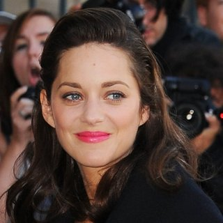 Marion Cotillard in Paris Fashion Week Womenswear Spring-Summer 2015 - Christian Dior - Arrivals