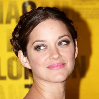Marion Cotillard in New York Premiere of Contagion - Arrivals