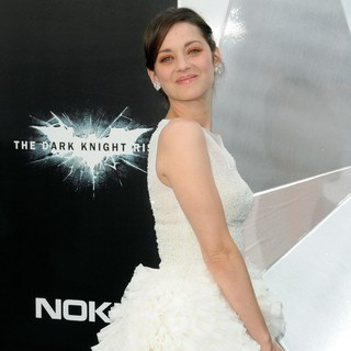 Marion Cotillard in The Dark Knight Rises New York Premiere - Arrivals - marion-cotillard-premiere-the-dark-knight-rises-04