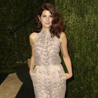 Marisa Tomei in 2013 Vanity Fair Oscar Party - Arrivals - marisa-tomei-2013-vanity-fair-oscar-party-01