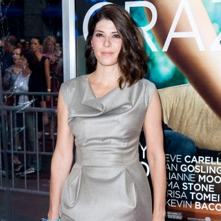 Marisa Tomei in World Premiere of Crazy, Stupid, Love - Arrivals - marisa-tomei-premiere-crazy-stupid-love-01