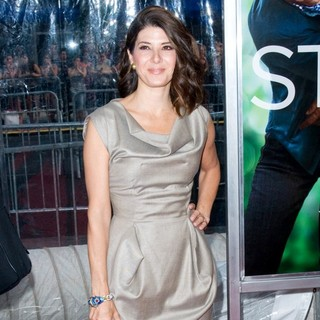 Marisa Tomei in World Premiere of Crazy, Stupid, Love - Arrivals - marisa-tomei-premiere-crazy-stupid-love-02