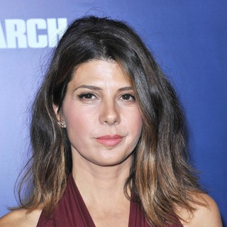 Marisa Tomei in The Premiere of The Ides of March - Arrivals - marisa-tomei-premiere-the-ides-of-march-01