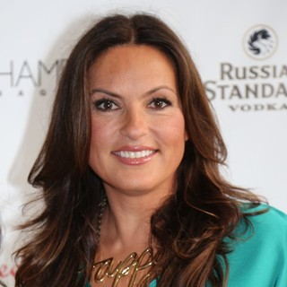 Mariska Hargitay Celebrates Her Cover of Hamptons Magazine with A Russian Standard Vodka Party