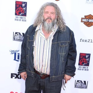Mark Boone Junior in FX's Sons of Anarchy Premiere Season 7 - Arrivals