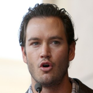Mark-Paul Gosselaar in The Hollywood Walk of Fame Honors Malcolm McDowell