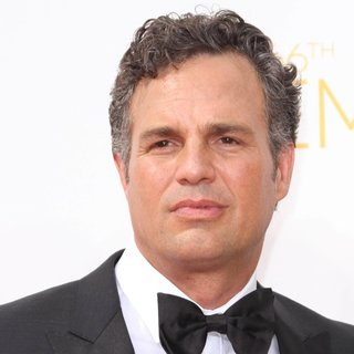 Mark Ruffalo in 66th Primetime Emmy Awards - Arrivals - mark-ruffalo-66th-primetime-emmy-awards-01