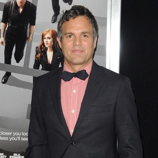 Mark Ruffalo in New York Premiere of Now You See Me - mark-ruffalo-now-you-see-me-new-york-premiere-01