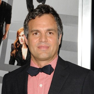 Mark Ruffalo in New York Premiere of Now You See Me - mark-ruffalo-now-you-see-me-new-york-premiere-02