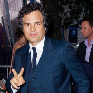 Mark Ruffalo in New York Premiere of Begin Again - Outside Arrivals - mark-ruffalo-premiere-begin-again-01