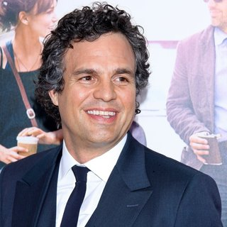 Mark Ruffalo in The New York Premiere of Begin Again - Arrivals - mark-ruffalo-premiere-begin-again-03