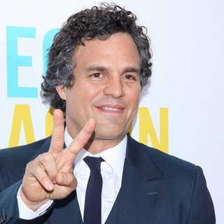 Mark Ruffalo in The New York Premiere of Begin Again - Arrivals - mark-ruffalo-premiere-begin-again-04