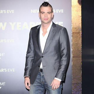Mark Salling in Los Angeles Premiere of New Year's Eve