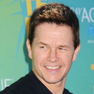 Mark Wahlberg in 2011 Teen Choice Awards